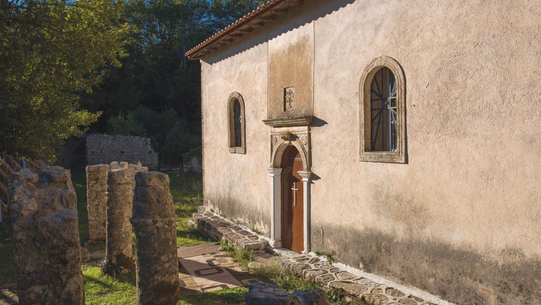 Η Περιφέρεια Ιονίων Νήσων προχωρά στην αποκατάσταση των εκκλησιαστικών και θρησκευτικών μνημείων της Λευκάδας
