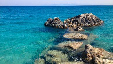 Άγιος Νικήτας: Τα γαλαζοπράσινα νερά της Λευκάδας