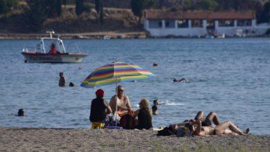 Η Bild προτείνει Ελλάδα για διακοπές το καλοκαίρι – «Σχεδόν ακίνδυνη για κορωνοϊό»