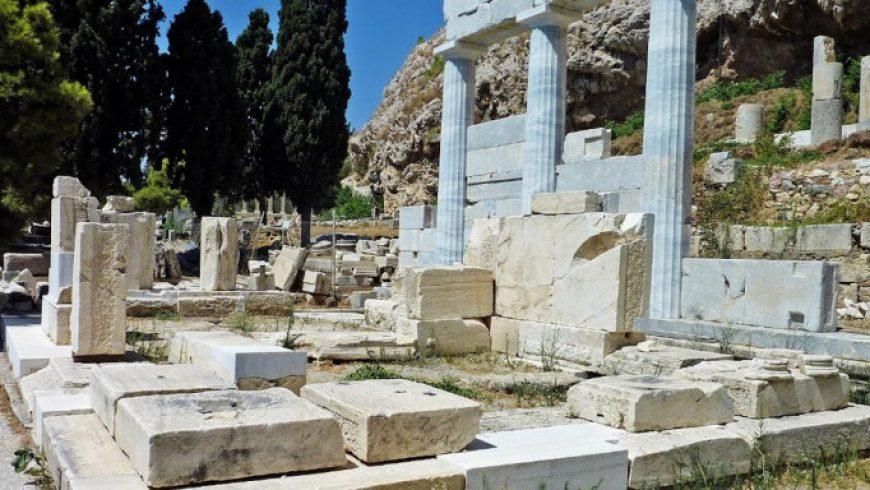 Ψηφιακή ξενάγηση στο ιερό του Ασκληπιού στην Ακρόπολη από τον Δημήτρη Παντερμαλή
