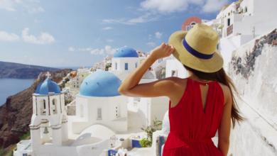 Condé Nast Traveller: «Ταξιδεύουμε» στα ελληνικά νησιά…από το σπίτι