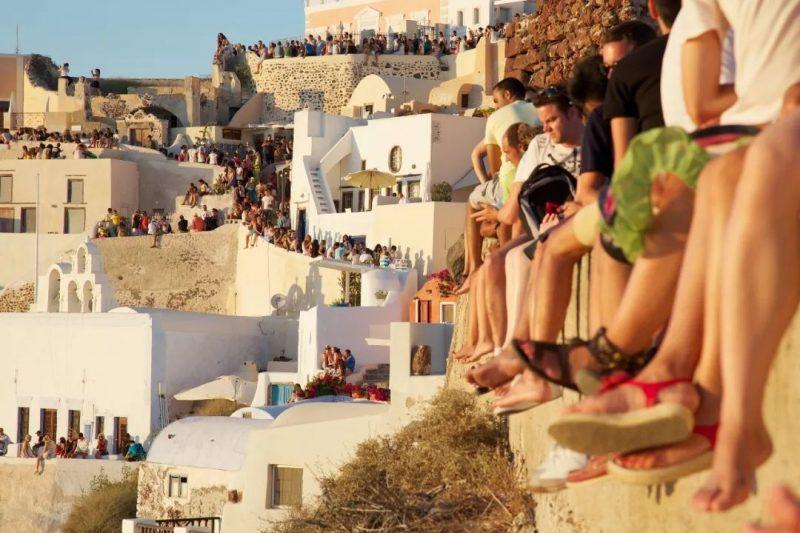 Πάμε να «σώσουμε» 4 δισ. ευρώ έσοδα από τον τουρισμό