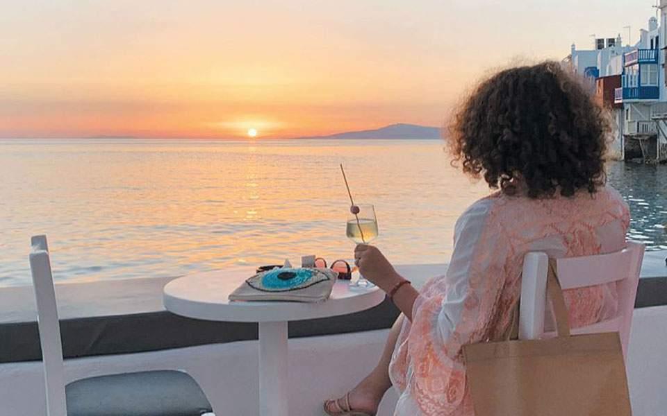 Η Ελλάδα πρέπει να επανεφεύρει τον εαυτό της