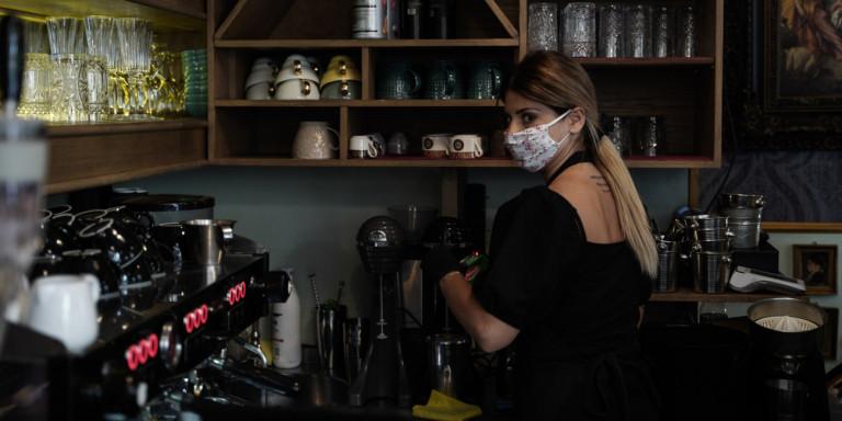 Τι θα γίνει με τους εποχικά εργαζόμενους στον Τουρισμό – Νέες οδηγίες για αναστολή συμβάσεων, επίδομα
