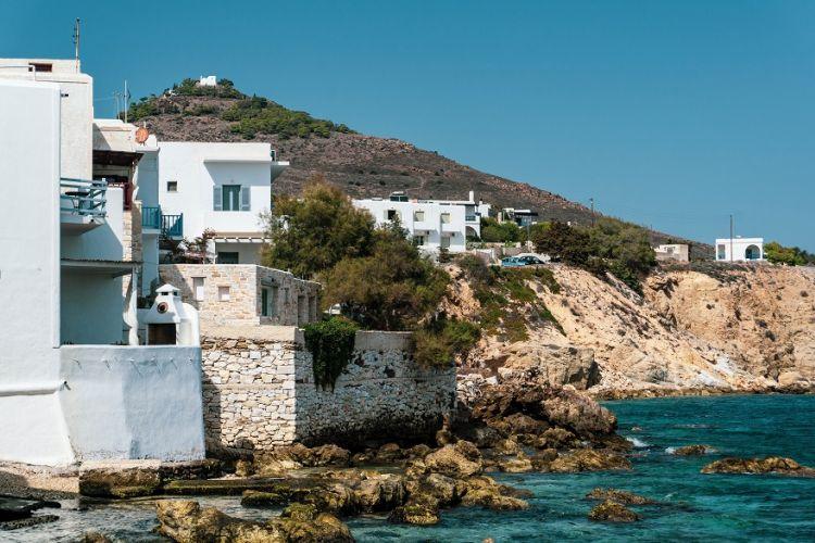 Αυξάνονται καθημερινά οι κρατήσεις σε Ελλάδα και Κύπρο