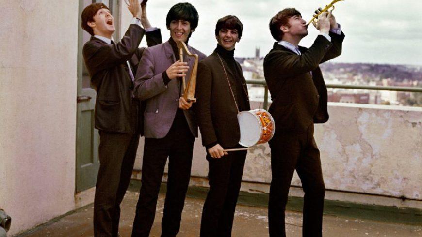 Δείτε το πεντάλεπτο ντοκιμαντέρ που γύρισαν οι Beatles τον Αύγουστο του 1963 στο Λίβερπουλ