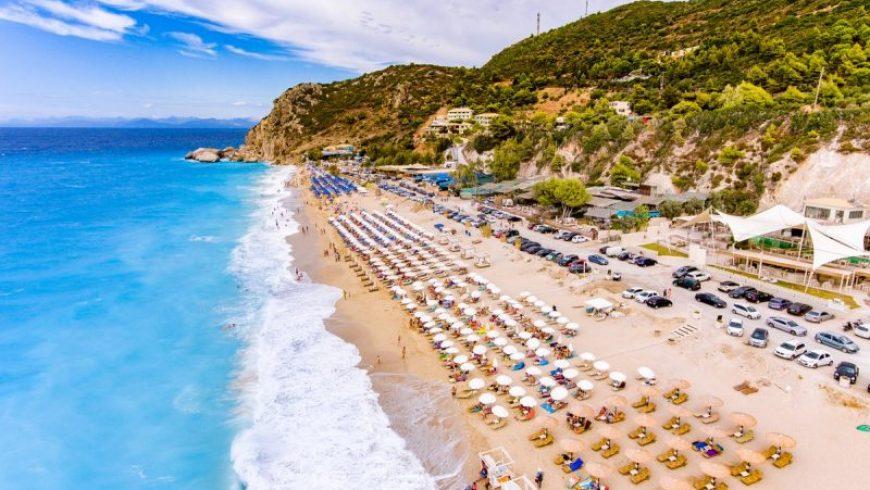 Είναι ιδέα μας ή όλοι πήγαν φέτος στη Λευκάδα;