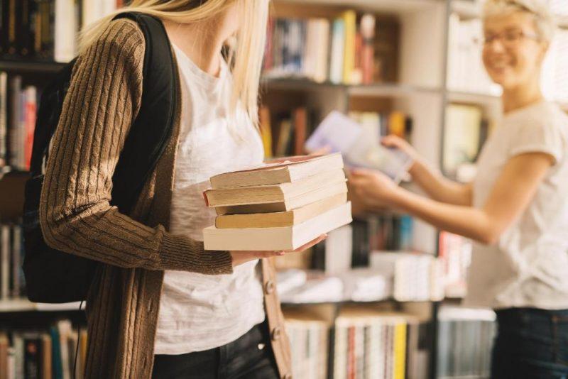Μία ημέρα αφιερωμένη στα μικρά βιβλιοπωλεία της γειτονιάς