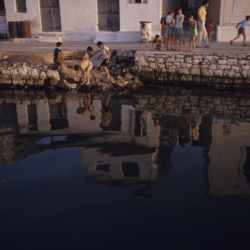 Η ομορφιά και η ηρεμία των Επτανήσων του 1974 σε 20 μαγικές φωτογραφίες