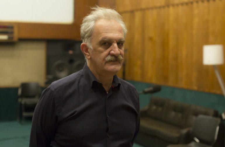 Radio Plays στο Φεστιβάλ Αθηνών: Πώς ακούμε αστυνομικά μυθιστορήματα γεμάτα δολοφονίες και εκβιασμούς