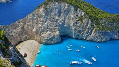 Τα 15 ελληνικά νησιά που προτείνει η Daily Telegraph