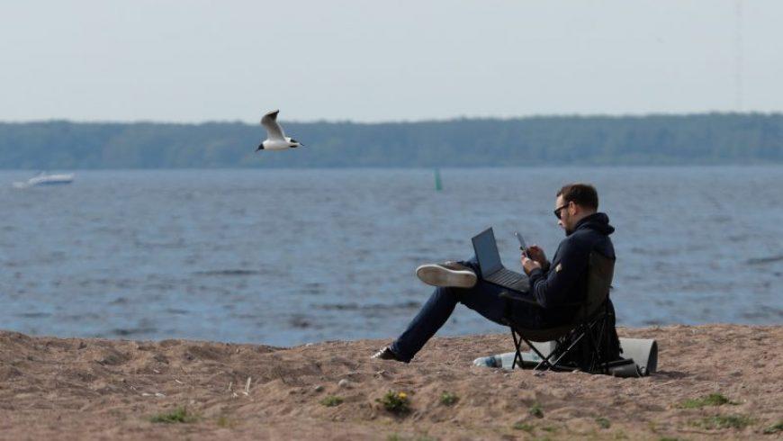 Πώς θα έρθουν οι ψηφιακοί νομάδες και τα 1,6 δισ. ευρώ που θα φέρουν