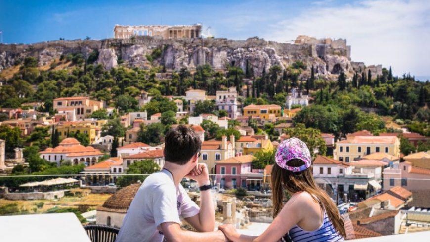 «Πράσινο διαβατήριο» με επτά κριτήρια: Τι συμφώνησαν Ελλάδα, Αυστρία και άλλες 12 χώρες