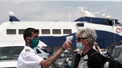 Πώς ανοίγει ο τουρισμός: Mε αρνητικό τεστ ή πιστοποιητικό εμβολιασμού στα νησιά – Εξαιρούνται Εύβοια, Λευκάδα, Σαλαμίνα