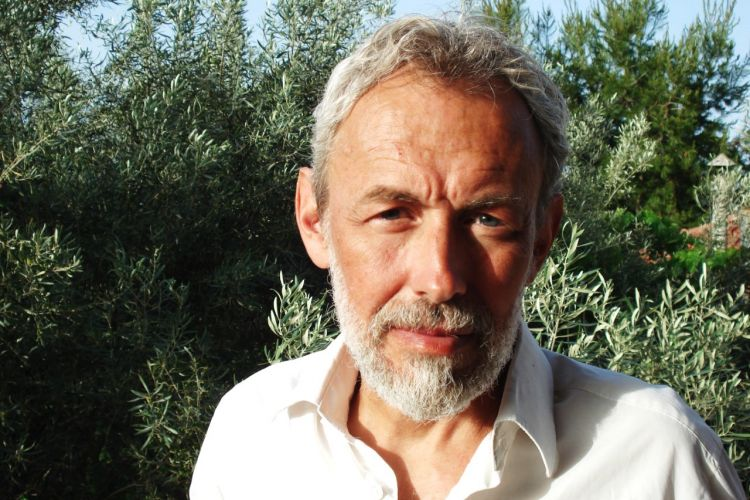 Μιχάλης Μακρόπουλος: Γιατί χρησιμοποιώ τη Δυστοπία