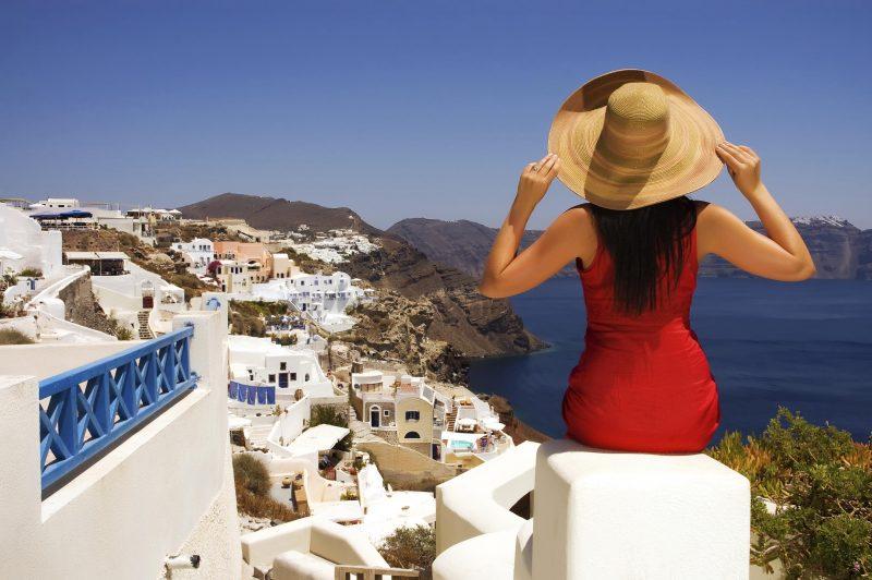 Forbes: Η Ελλάδα στην κορυφή των κρατήσεων των Αμερικανών το Μάιο – φτηνότερα τα αεροπορικά εισιτήρια