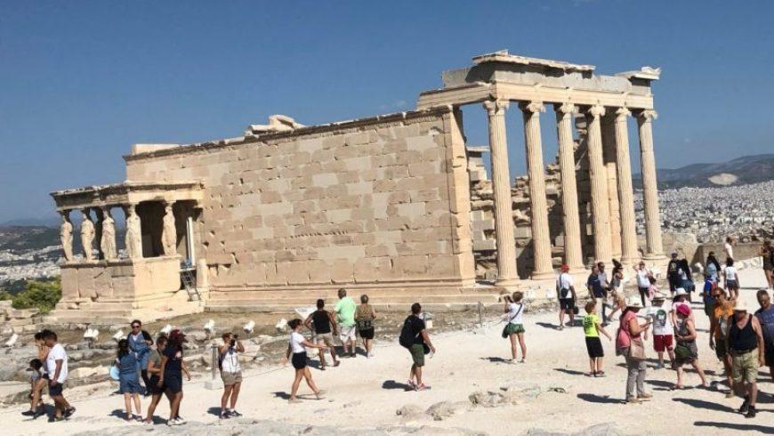 Financial Times: Η Ελλάδα νικήτρια στην ανάκαμψη του τουρισμού στην Ευρώπη