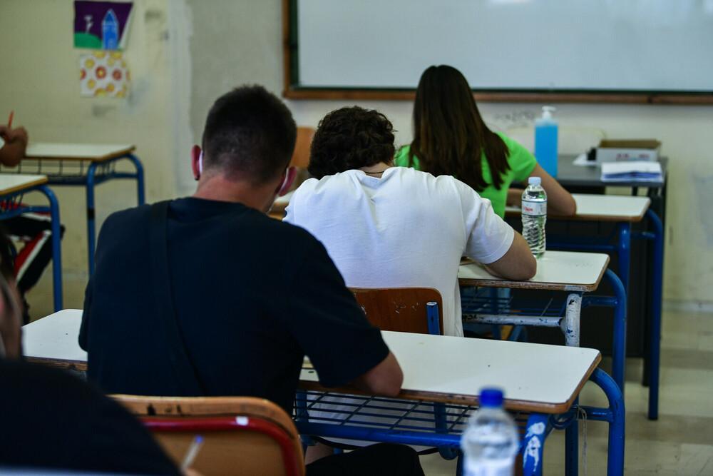 Κορωνοϊός – Σχολεία: Πώς θα επιστρέψουν οι μαθητές στα θρανία στις 13 Σεπτεμβρίου