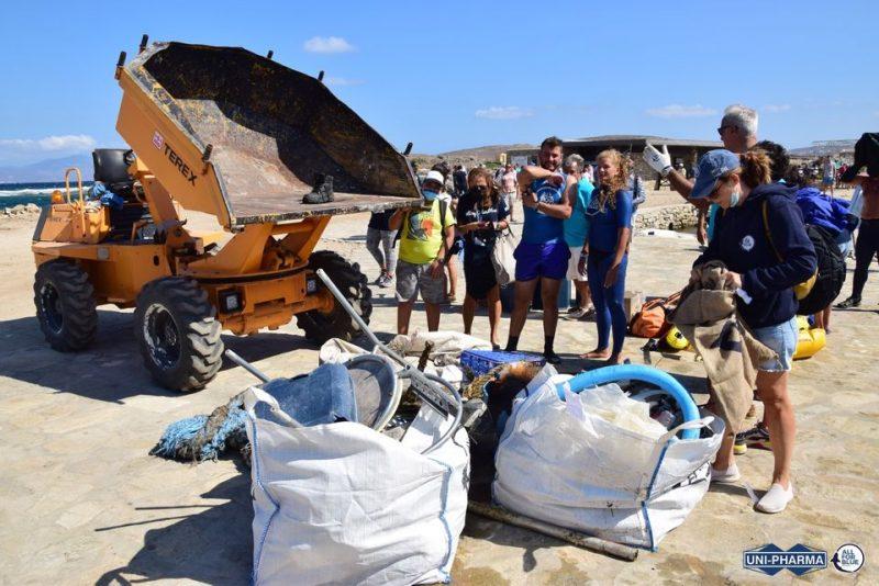 All For Blue: Μαζεύοντας πάνω από ένα τόνο σκουπιδιών από τον βυθό της Δήλου