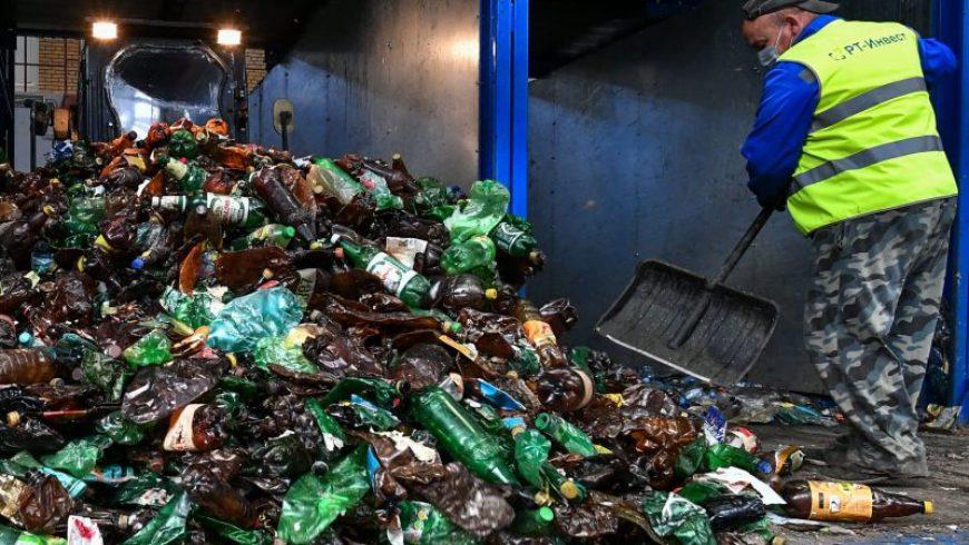 Αν αλλάξουμε τον τρόπο που βλέπουμε τα σκουπίδια, μπορεί να σωθούμε από τα πλαστικά απόβλητα
